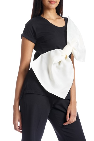 Picture of GAZAR BOW TEE BLACK & OFF WHITE, Picture 4