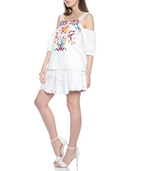 Picture of FLORAL CUTWORK MARJA TOP, Picture 4