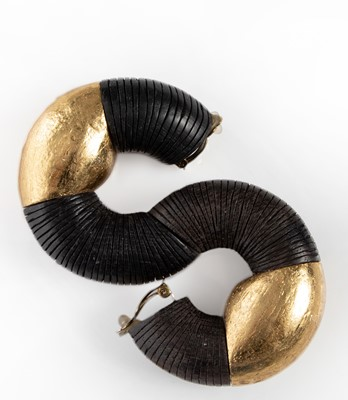 Picture of CONTRAST EARRINGS