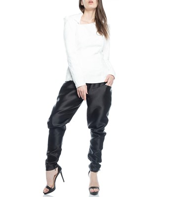 Picture of TOP WHITE & PANT BLACK