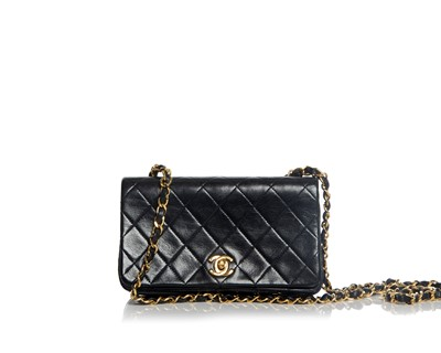 Picture of VINTAGE CHANEL MINI QUILTED SHOULDER BAG